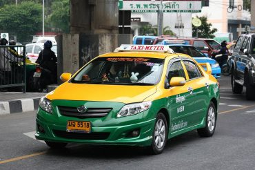 หัวหน้าค่าย ส.บุญเยี่ยม ต้องขับแท็กซี่หาเงินจุนเจือครอบครัว